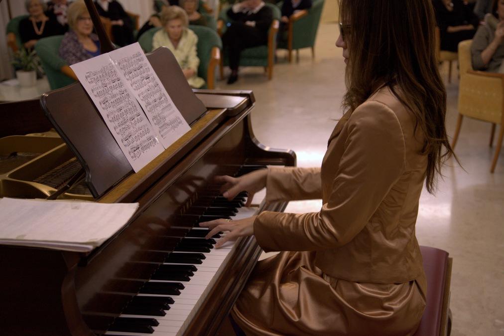 Giulia Vazzoler al piano